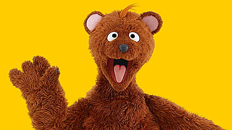 Sesame Street: Baby Bear Hates Wee Tee Ball